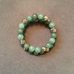Jewelry - 🔥 Green And Flower Beaded Wrap Bracelet